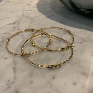 Gold toned bangle bracelet set